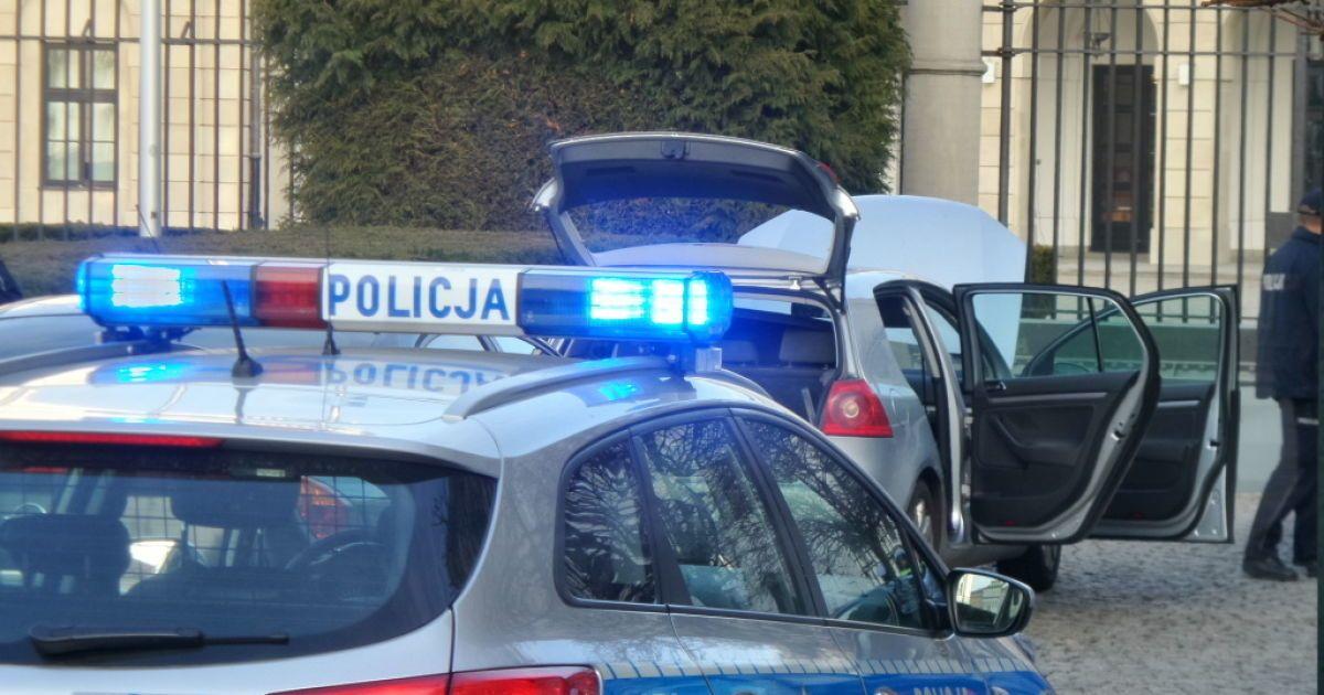 В Варшаве водитель пытался протаранить ворота президентского дворца