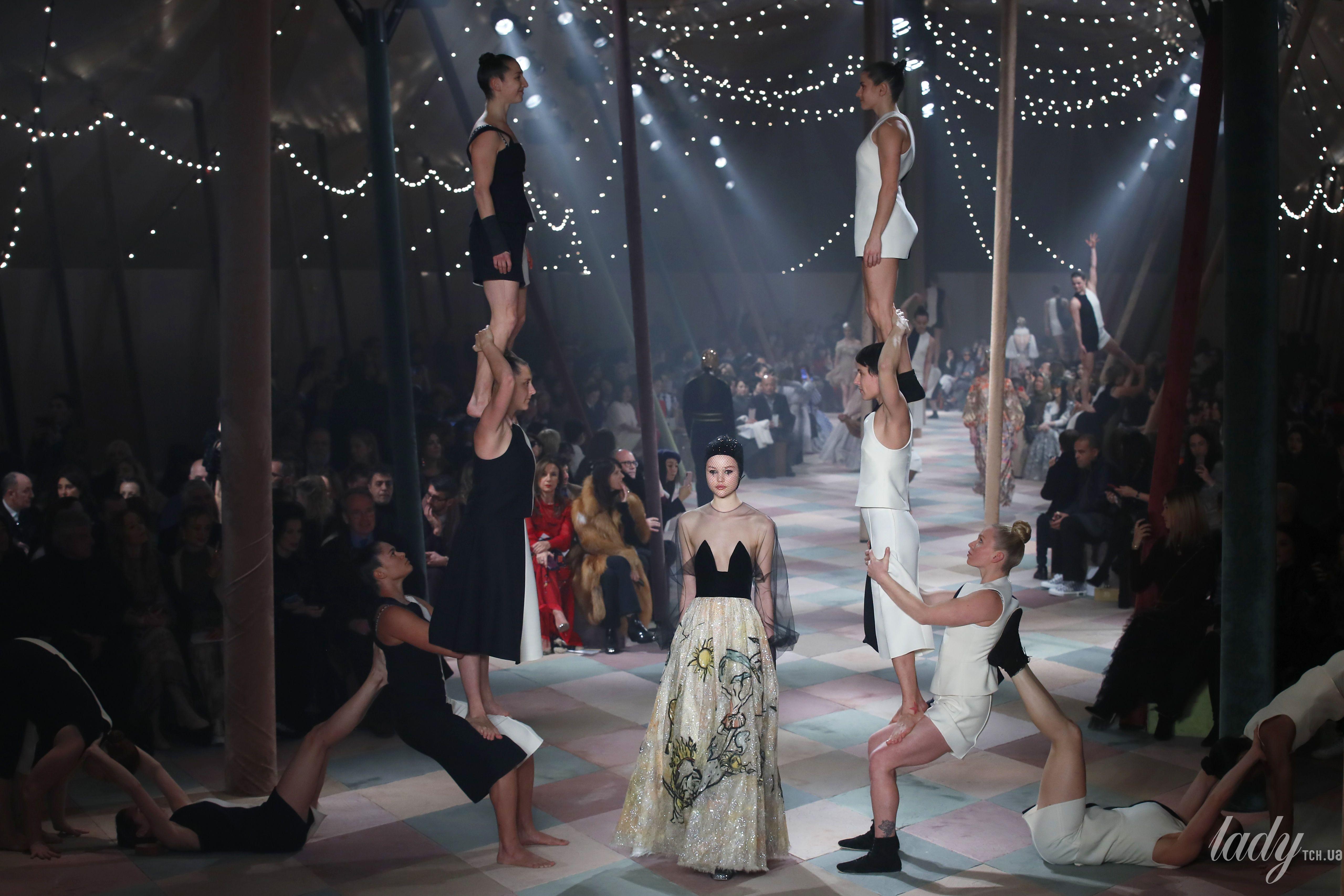 Коллекция Christian Dior Couture весна-лето 2019_4
