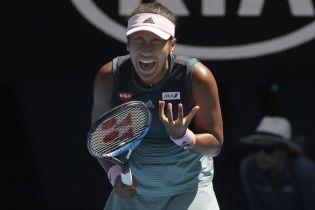 Мухи атаковали обидчицу Свитолиной в четвертьфинале Australian Open