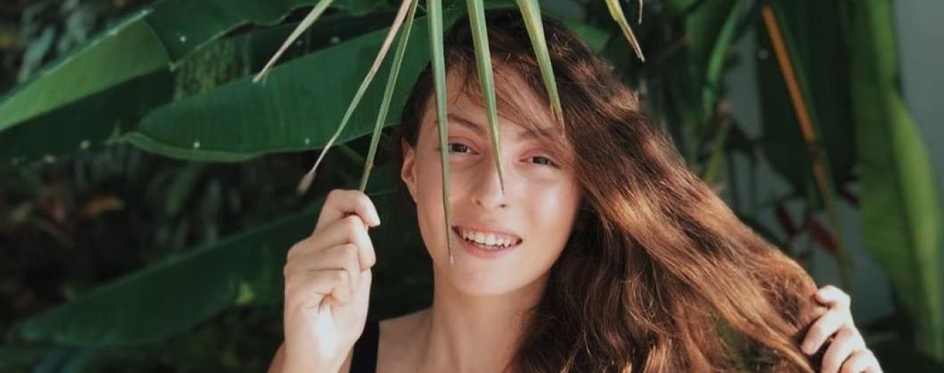 Длиннокосая дочь Оли Поляковой в купальнике попрощалась с Таиландом