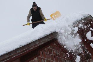 Погода на четверг: Украину заметает снегом, местами гололед