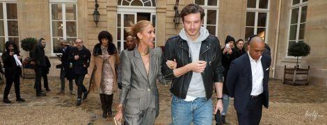 Світить декольте і ходить під ручку з коханцем: Селін Діон дивує публіку на Паризькому тижні моди