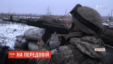 Російсько-окупаційні війська обстрілюють українські позиції на Донеччині