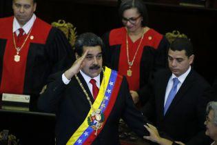 Болтон назвав марними переговори з Мадуро
