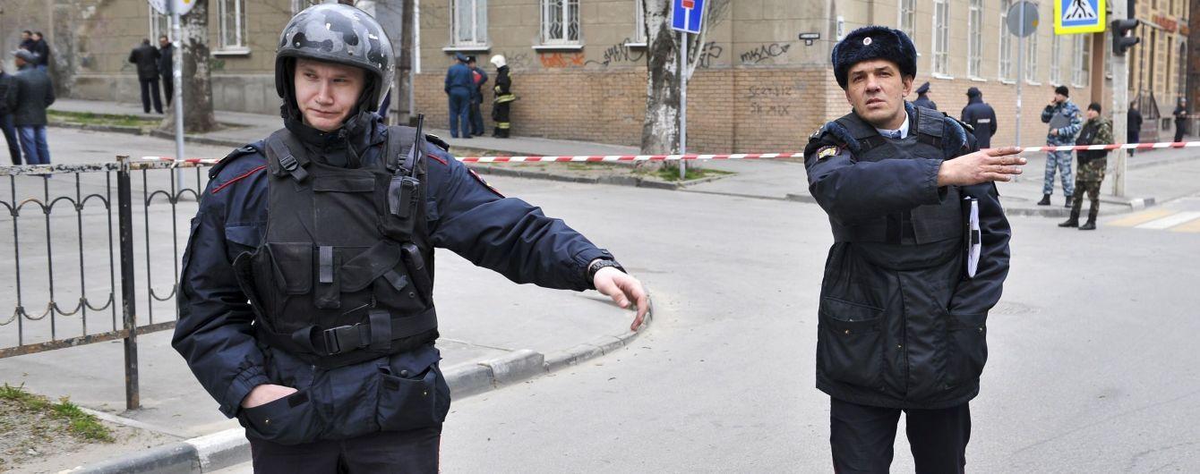 В России вооруженный школьник взял в заложники весь класс