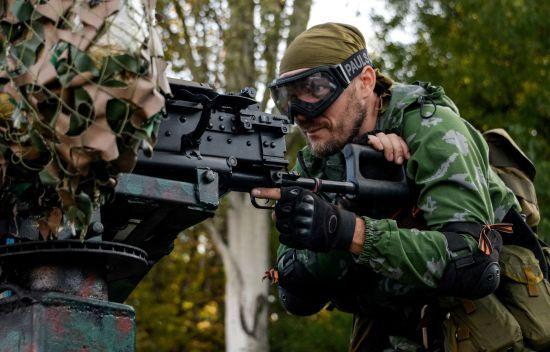 """У терористичних """"ДНР"""" і """"ЛНР"""" заявляють про створення """"повноцінних армій"""""""