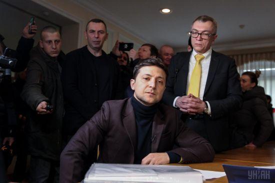 """Суд не визнав випуск програми """"Ліга сміху"""" виборчою агітацією Зеленського"""