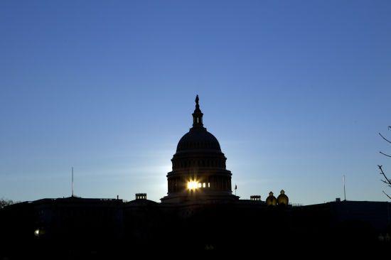 Сенат США схвалив резолюцію про скасування надзвичайного стану