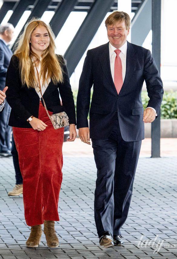 Король Виллем Александр с дочерью Амалией_1