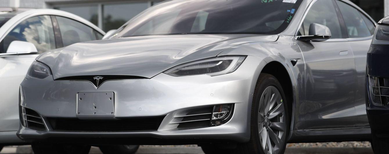 """""""Впереди трудный путь"""". В Tesla объявили о сокращении штата"""