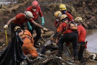 У Бразилії на понад 40 осіб зросла кількість жертв прориву греблі