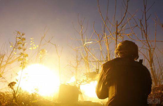 Терористи 13 разів обстріляли українських захисників на Донбасі, загинув боєць ООС