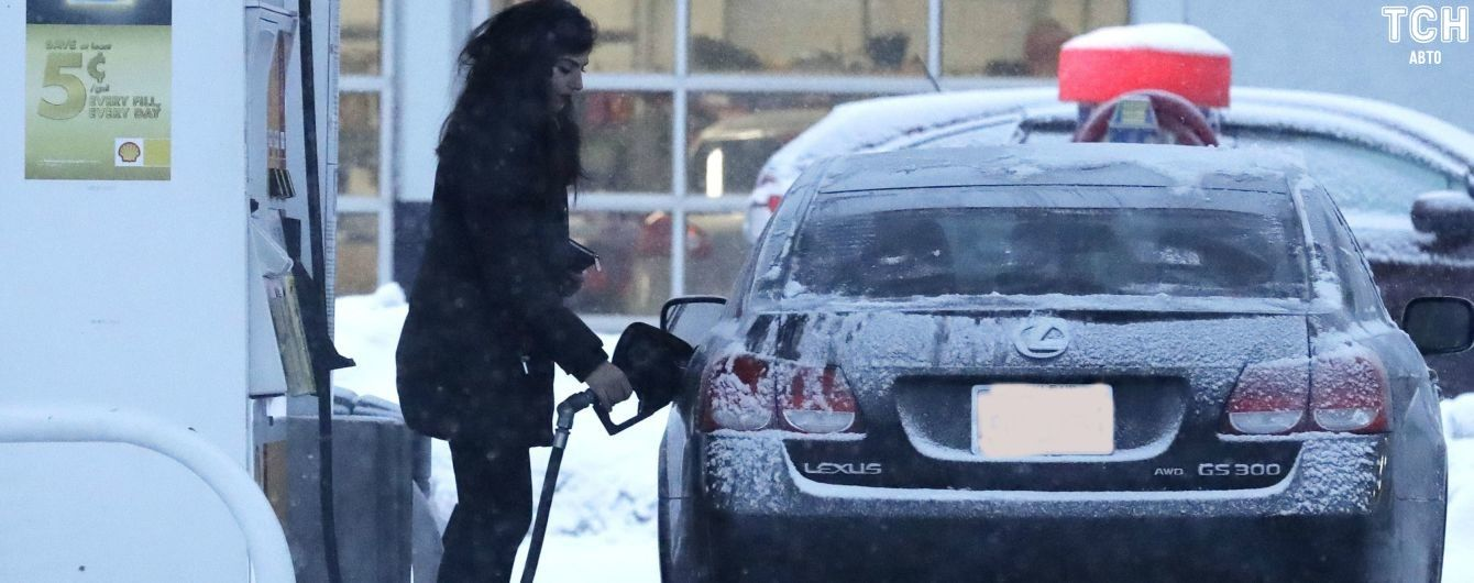 На Прикарпатье закрыли нелегальную автозаправку