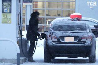 АЗС меняют ценники. Сколько стоит зправити авто 10 февраля
