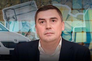 Сотни тысяч наличными и сценарий телепередачи: обнародована декларация кандидата в президенты Добродомова