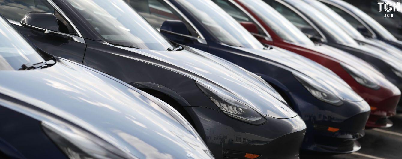У Tesla назвали дату старту масштабних поставок китайських електрокарів
