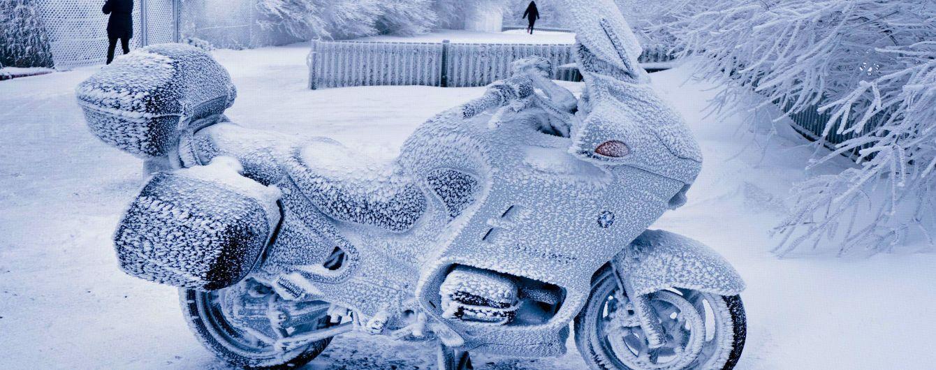У новорічну ніч Москві напрогнозували -34° морозу, керівник гідрометцентру висміяв синоптиків