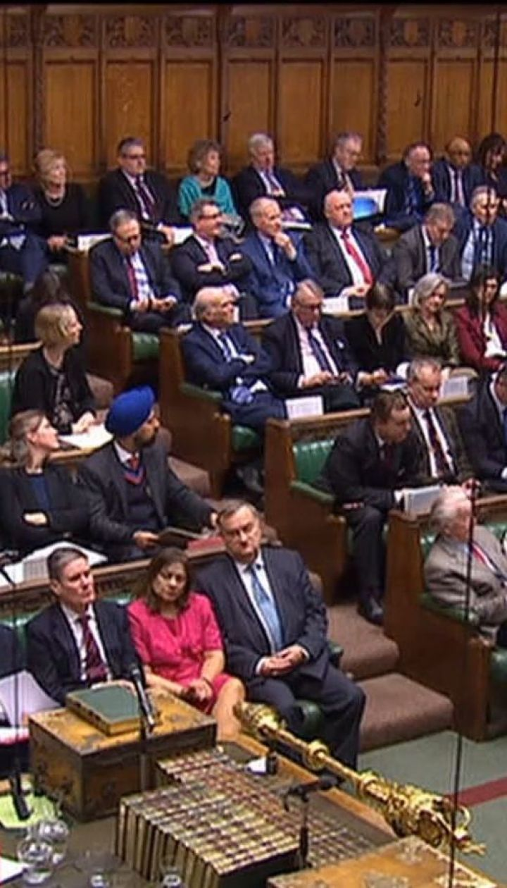 Парламент Британії вирішив залишити дату виходу країни з ЄС