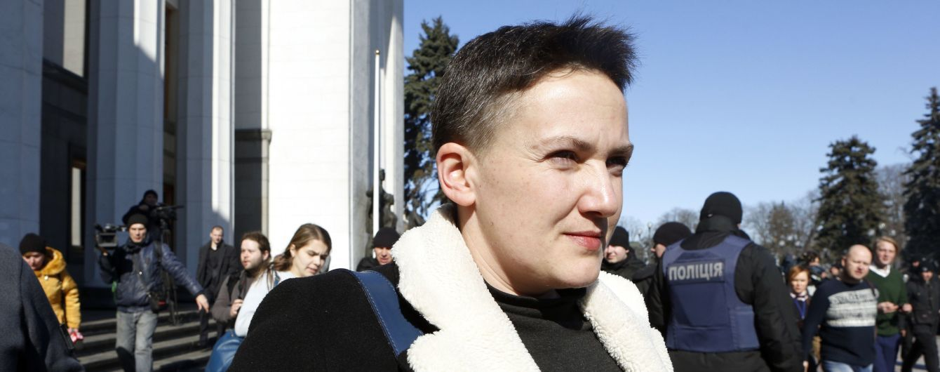 Суд продлил арест Савченко и Рубана