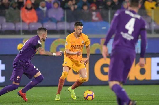 """""""Рома"""" пропустила 7 м'ячів від """"Фіорентини"""" і вилетіла з Кубка Італії"""