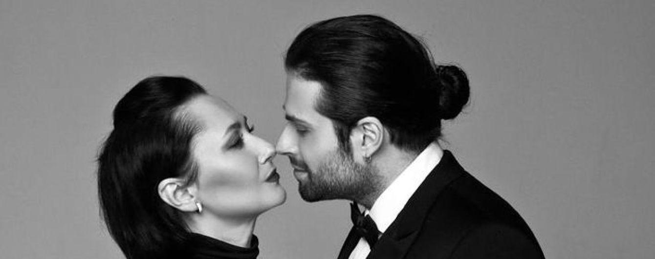 Алена Мозговая и Дэвид Аксельрод празднуют годовщину свадьбы