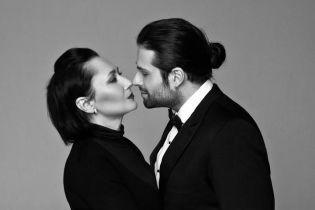 Олена Мозгова та Девід Аксельрод святкують річницю весілля
