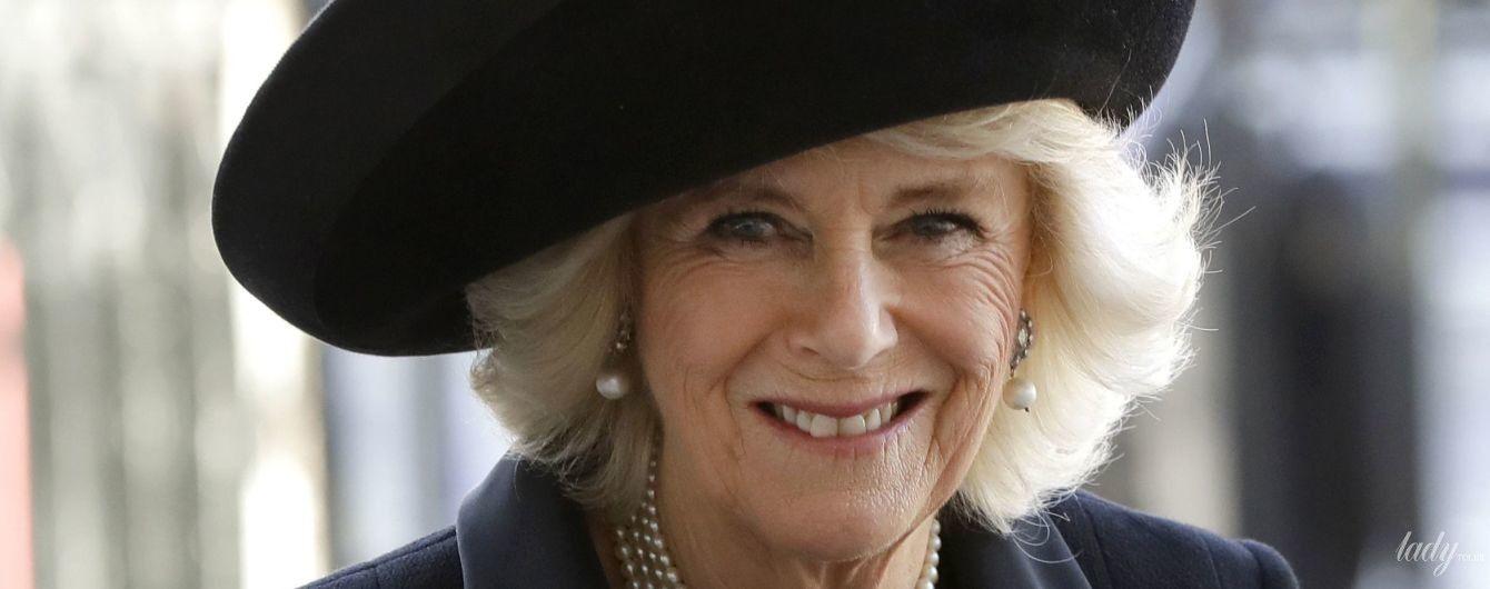 В элегантном черном: герцогиня Корнуольская Камилла посетила службу