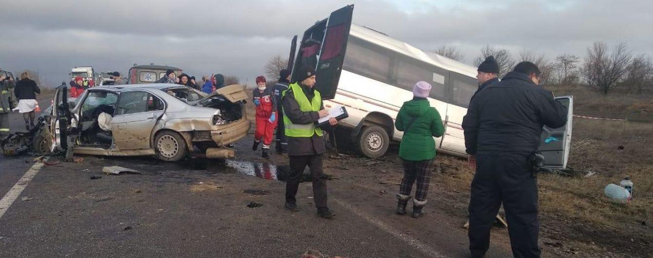 Новые подробности трагедии в Одесской области: участником ДТП с маршруткой и BMW был мопед