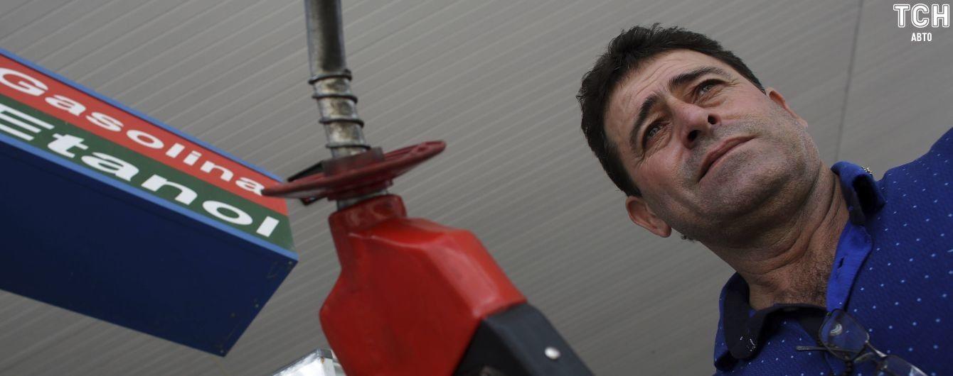 В июле в Украине серьезно подорожает топливо – эксперт
