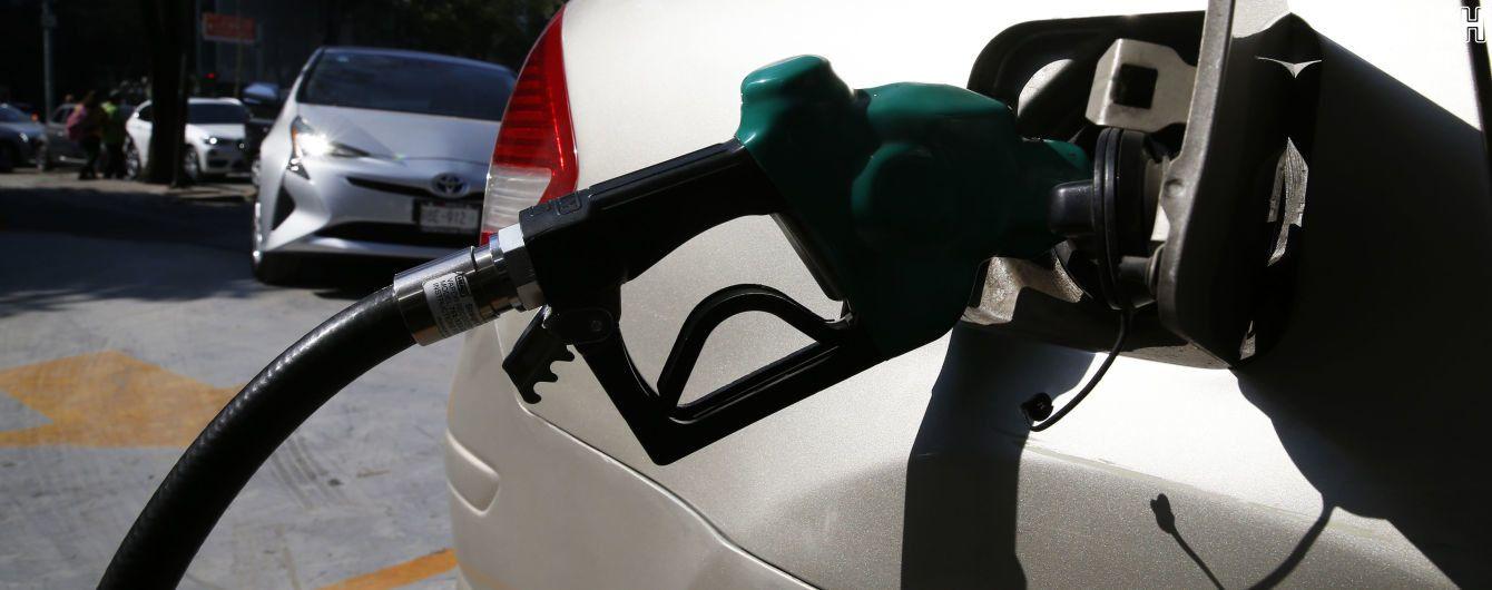 Стоимость топлива выросла. Сколько стоит заправить авто на АЗС 26 марта