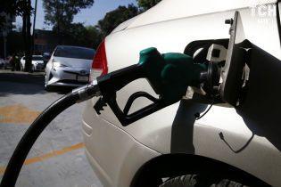 Сколько стоит заправить авто на АЗС утром 21 июня