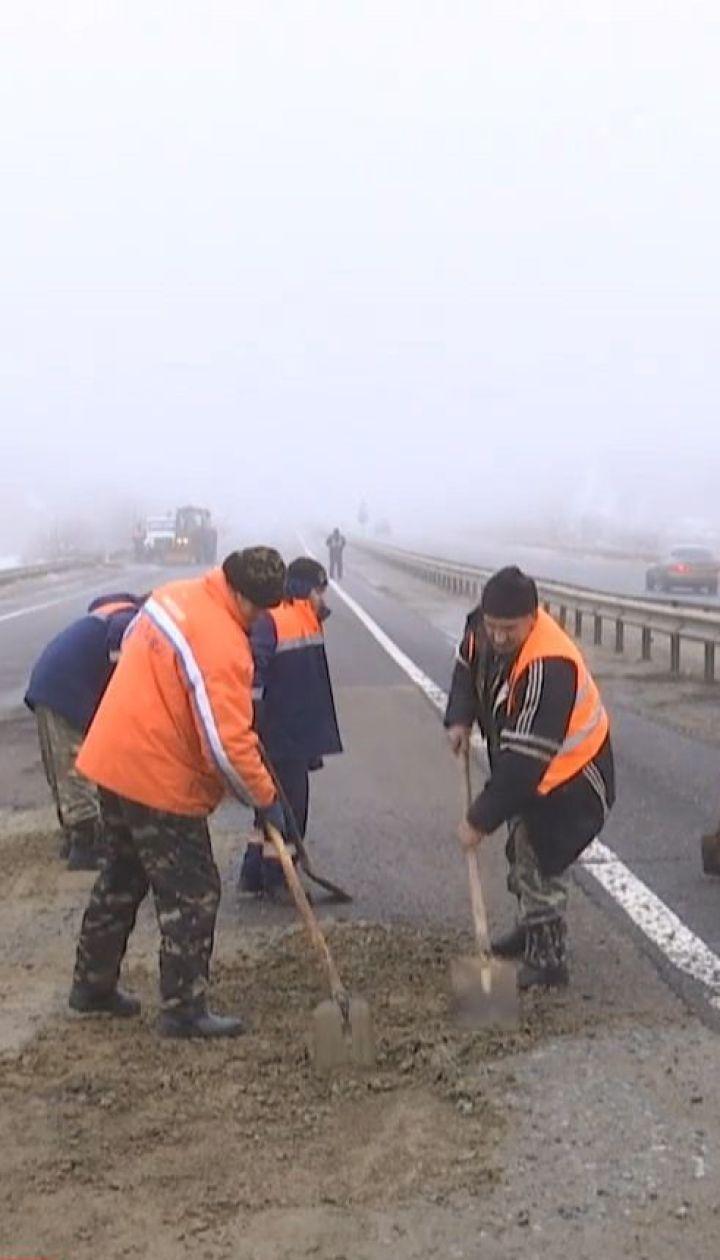 Одесские полицейские круглосуточно будут охранять яму на киевской трассе