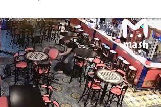 В Москве на открытии паба бармен забил до смерти посетителя