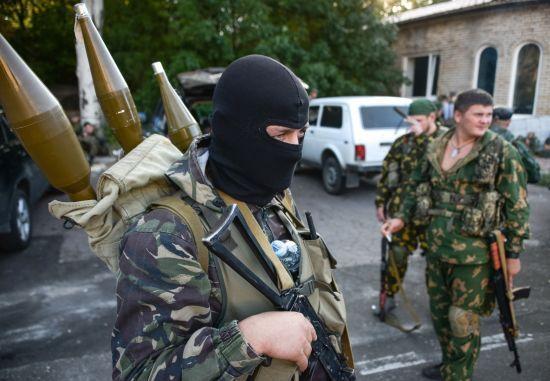 Бойовики обстріляли машину української сторони СЦКК на Донбасі