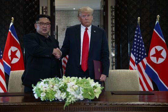 Times назвала причину провалу перемовин між Трампом та Кімом у В'єтнамі