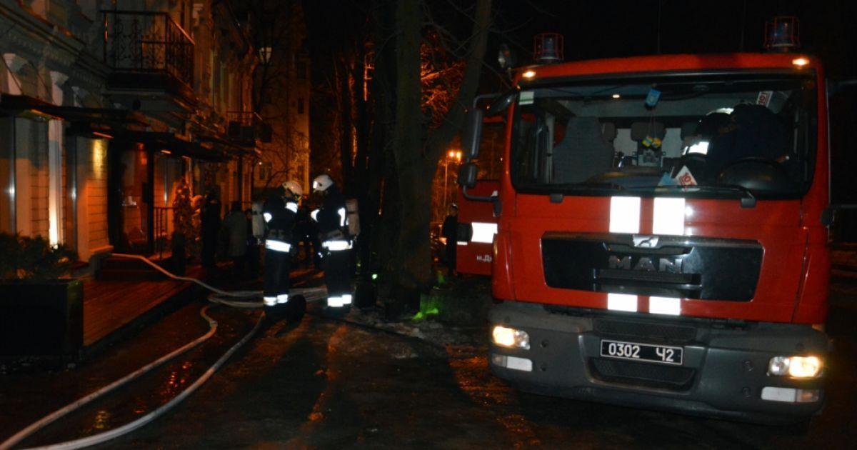 Фото чрезвычайников с места пожара @ Главное управление ГСЧС в Днепропетровской области