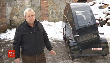 На Львівщині пенсіонер власноруч сконструював електромобіль