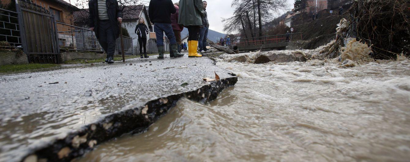 На севере Италии бушует наводнение, население эвакуируют