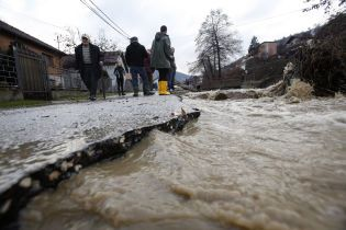 На півночі Італії вирує повінь, населення евакуюють
