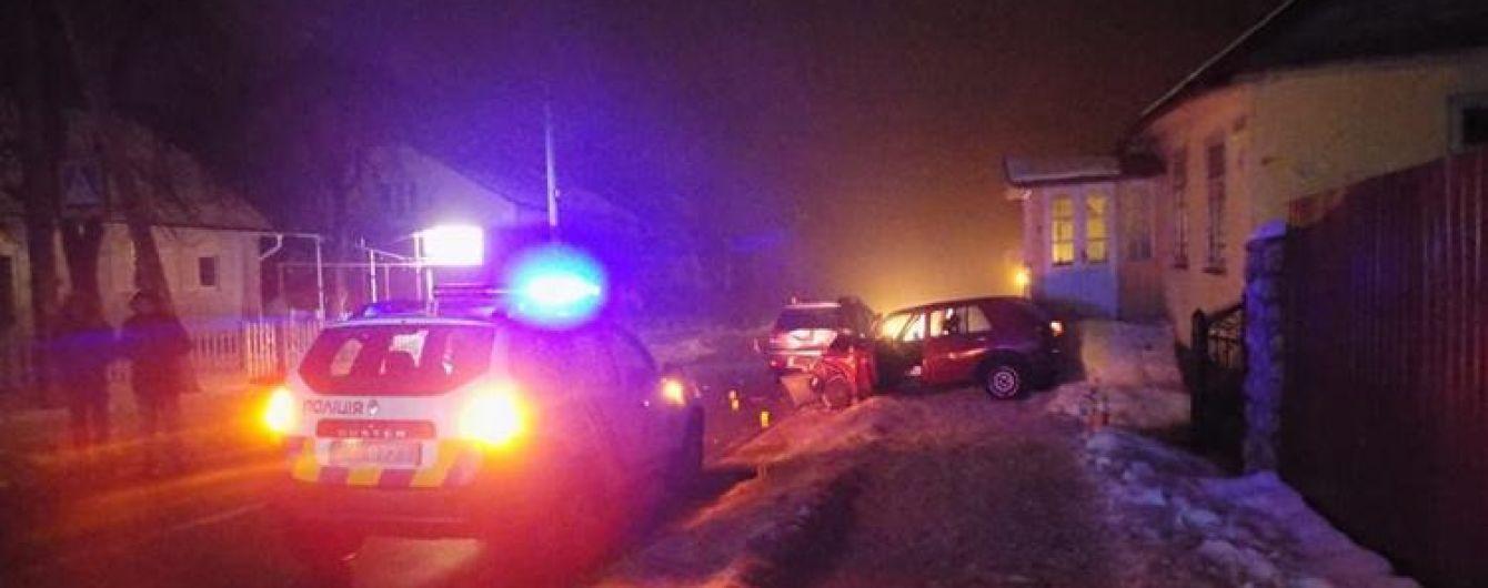 В Тернопольской области пьяный водитель сбил полицейского и еще двух человек
