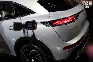 Bosch предлагает крепить взрывчатку на батареях электрокаров