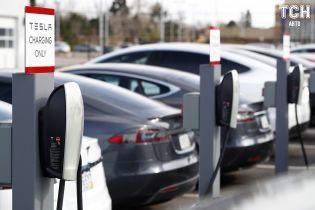 Маск неожиданно пообещал установить зарядки Tesla в Казахстане