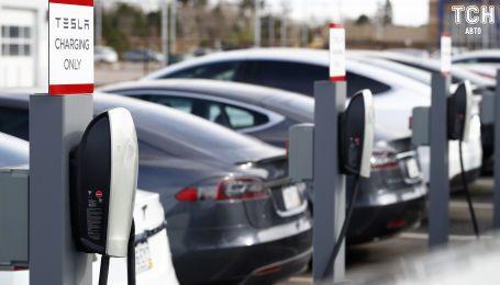 В Канаде Tesla не подпала под госскидки для электрокаров