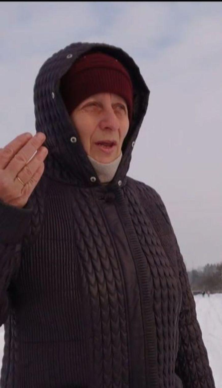 МАГи на варті Порошенка: агітатори президента під масками волонтерів збирають дані про селян