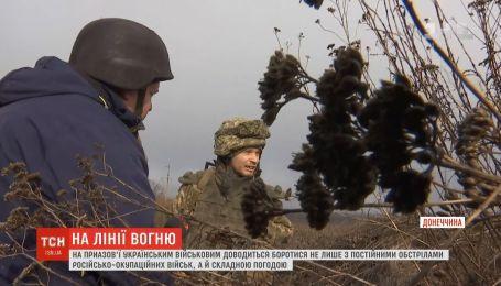 На Приазов'ї українські бійці боряться не лише з ворожими обстрілами, а й складною погодою
