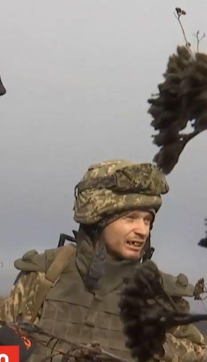 На Приазовье украинские бойцы борются не только с враждебными обстрелами, но и сложной погодой