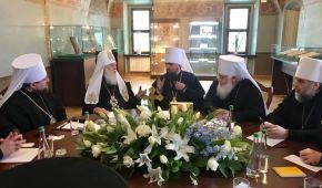 У Софії Київській засідає перший синод Православної Церкви України