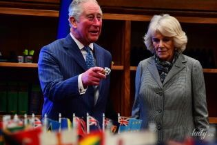 В элегантном сером пальто: герцогиня Корнуольская вышла в свет с принцем Чарльзом
