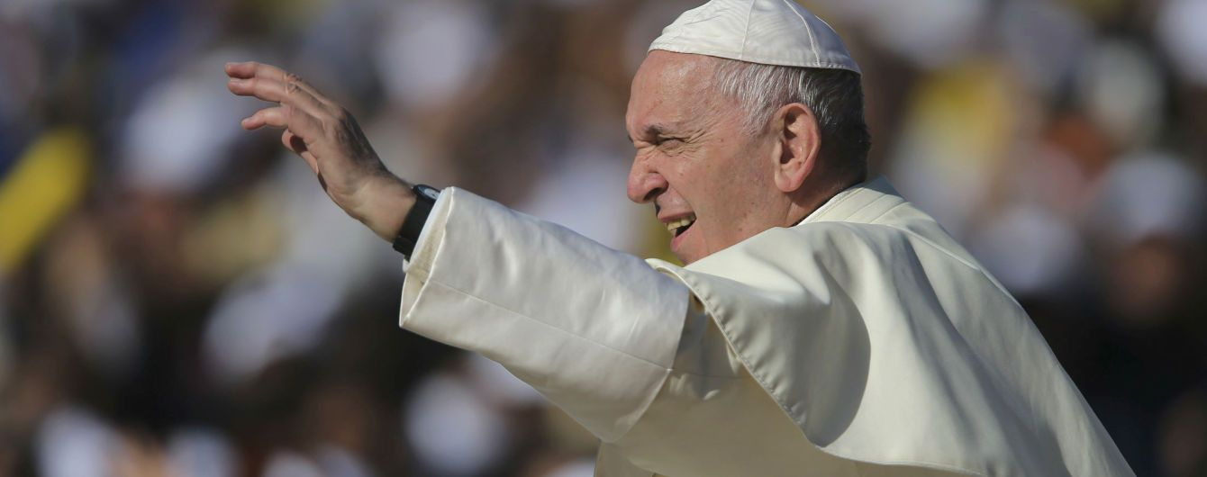 Папа Римський вперше призначив жінку на посаду в Державний секретаріат Ватикану