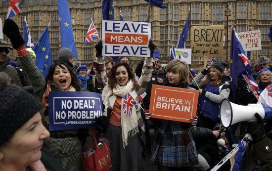 Можливий наступник Мей анонсував швидкий Brexit без угоди